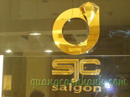 logo inox vang