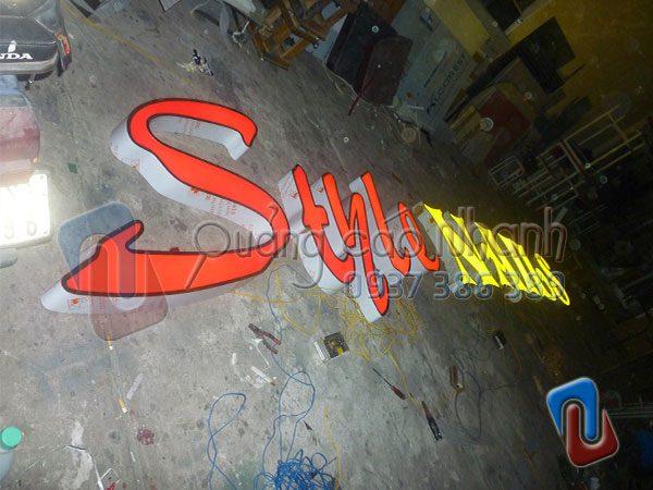 Logo Style Nails