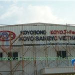 Thi công logo tôn sơn tĩnh điện KOYOBOND (JAPAN)