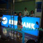 Thi công hộp đèn Led Eximbank